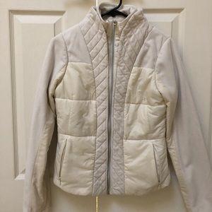 Lululemon fleece jacket in cream color Size 6